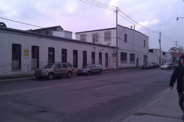 Dufferin Complex 10,000SF